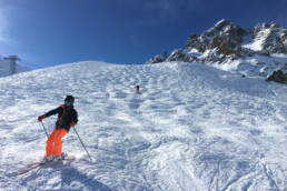 Private lesson for advanced skiers on the bumps in Courchevel